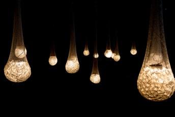 Swarovski kristallen met een lampje.