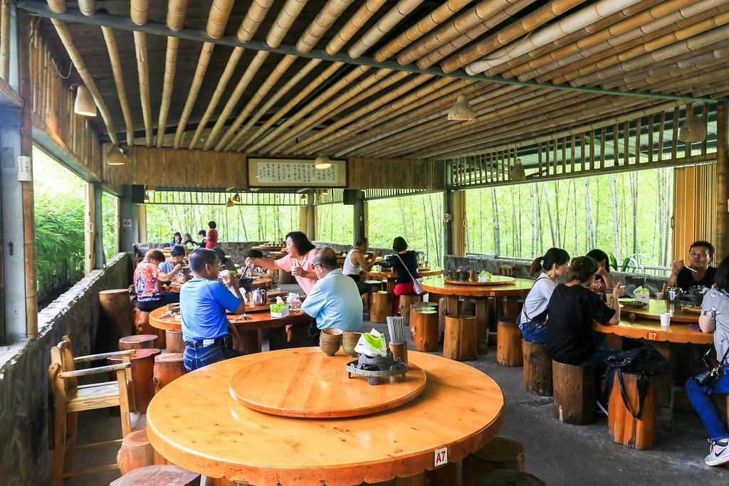 南投美食:竹棧餐廳,鹿谷好吃野菜料理!空間大適合家庭聚餐 – 陳小可的吃喝玩樂
