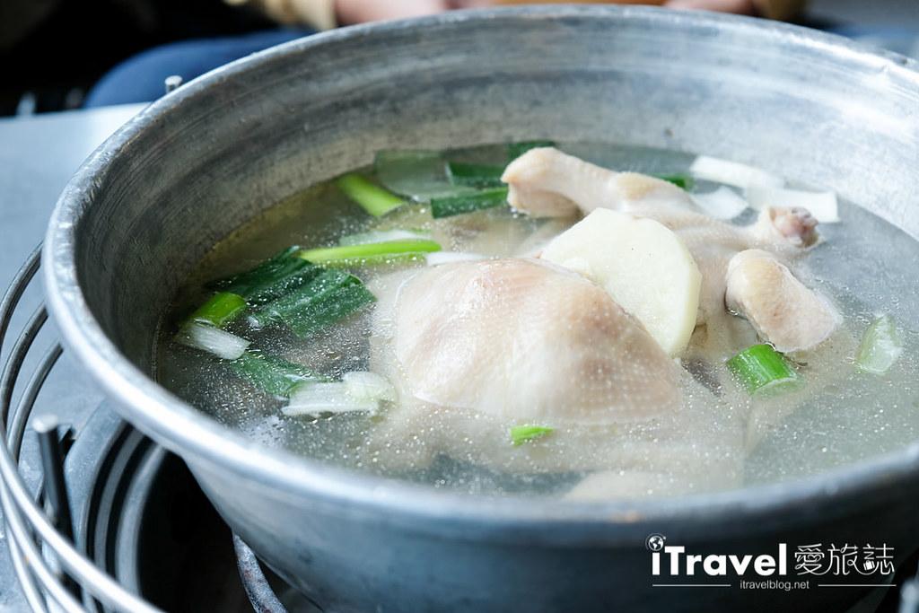 《首尔美食推荐》陈玉华一只鸡:首尔观光美食第一站