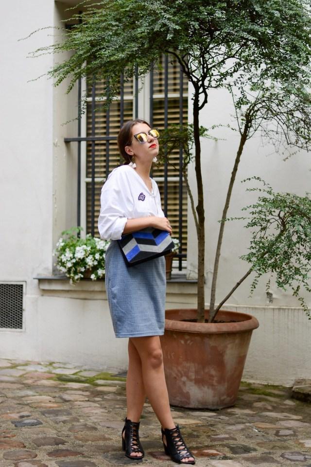 Chemise asymétrique blanche jupe bleu
