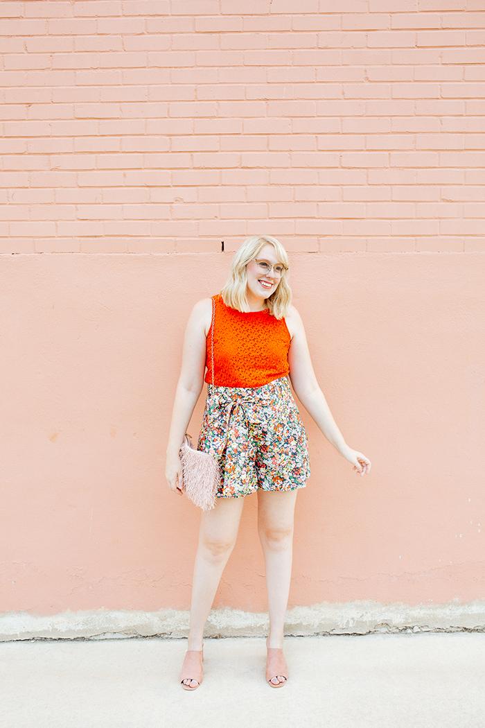 austin style blogger writes like a girl jcrew liberty floral shorts2