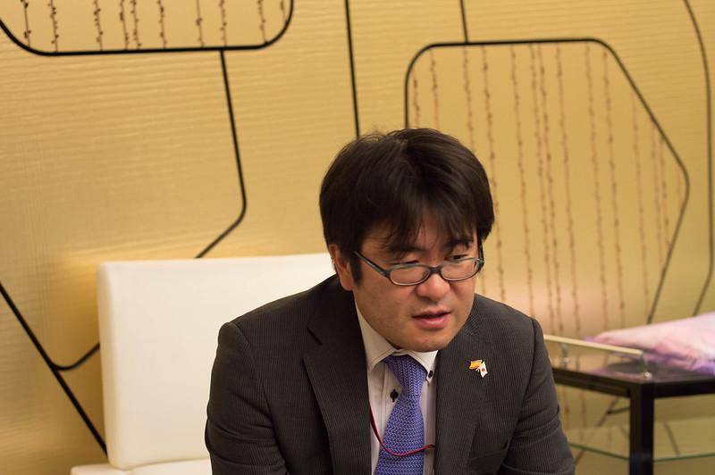 Entrevista con el sr Akira Suzuki
