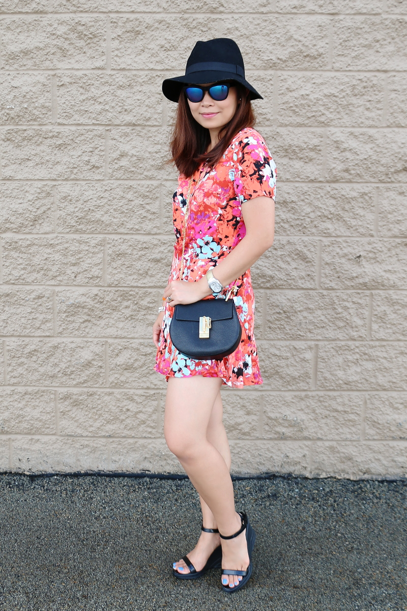 floral-romper-black-floppy-hat-chloe-bag-blue-lens-sunglasses-4