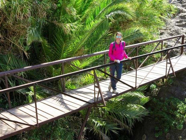 Puente al inicio del sendero de Masca