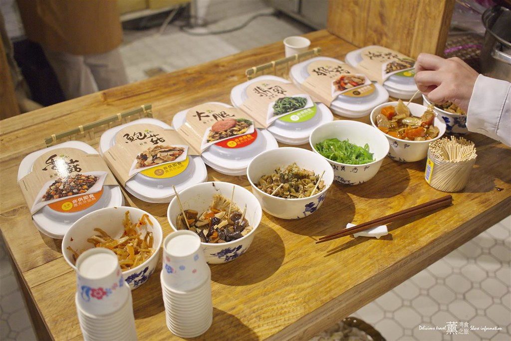 「臺中西區」第六市場-百貨公司逛菜市場,臺灣酒店預訂 - 樂天旅遊