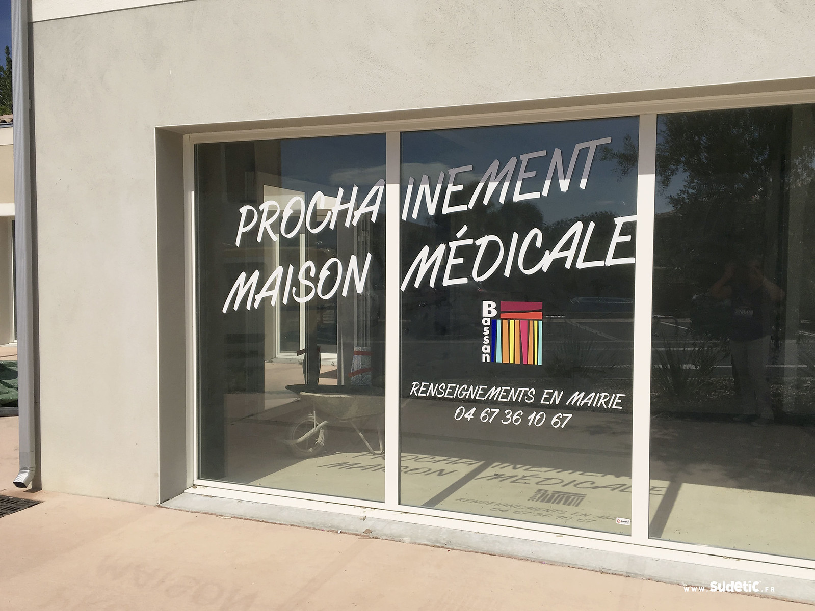 Sudetic-vitrine-Maison-Medicale-Bassan-3