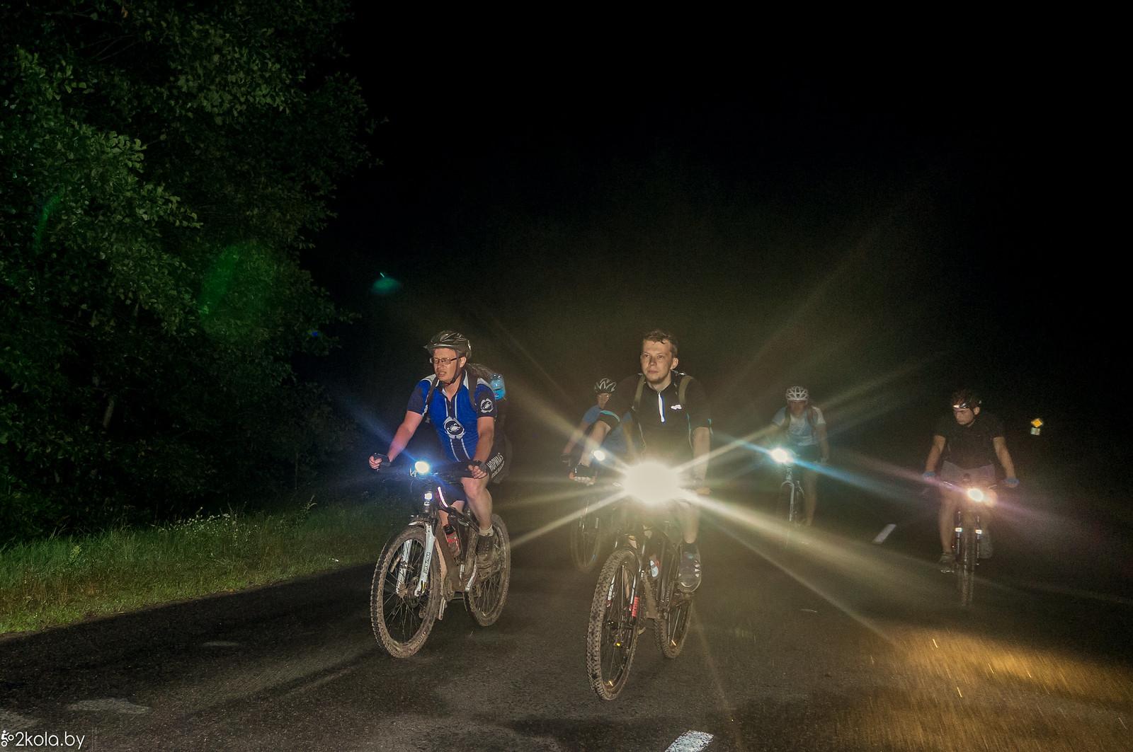 ПоехалиБарановичи на ночной велопокатушке