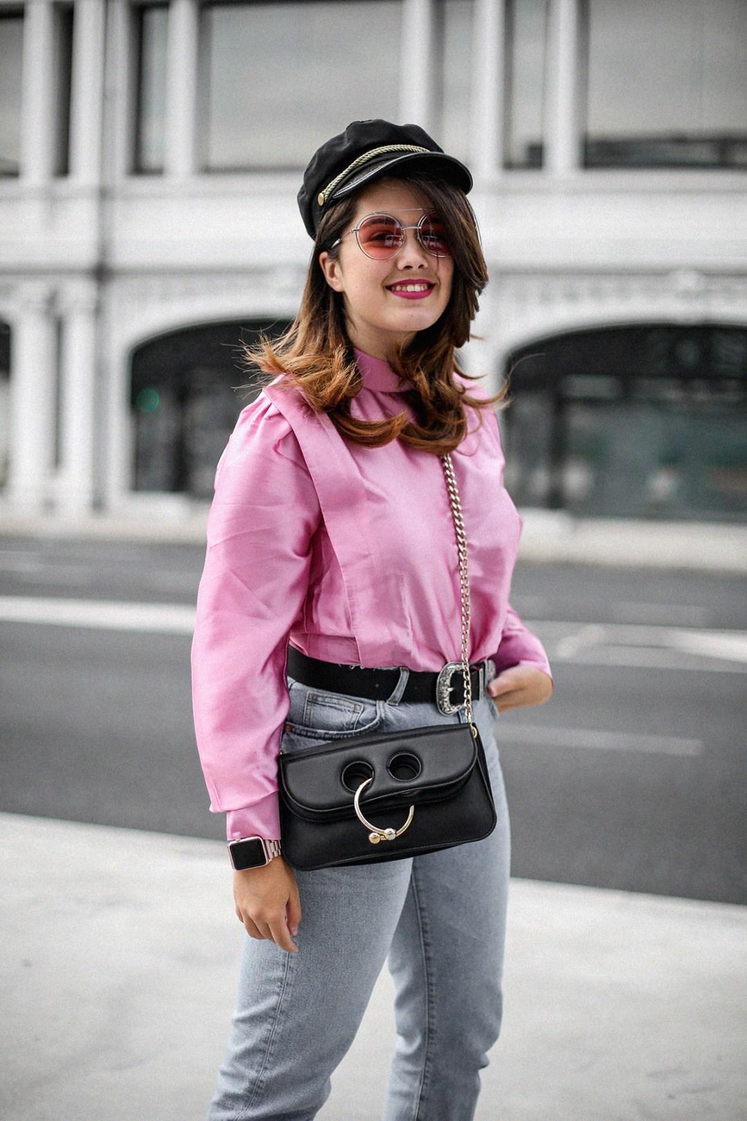 blusa con hombreras rosa asos look back to 80s-11