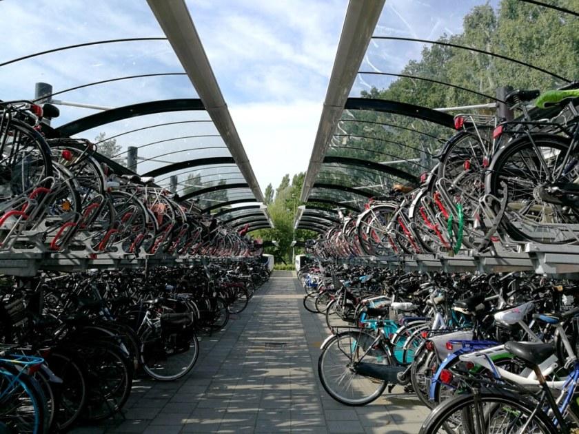 hollantilainen_pyöräparkki