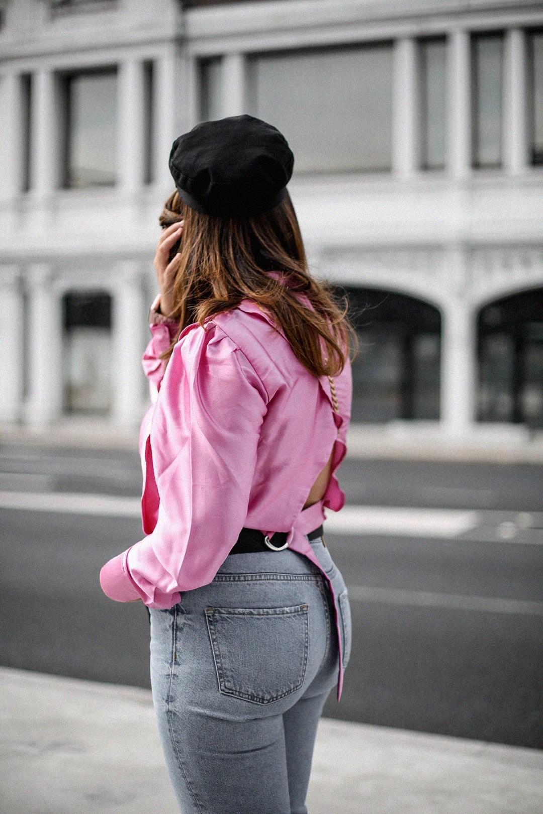 blusa con hombreras rosa asos look back to 80s-13