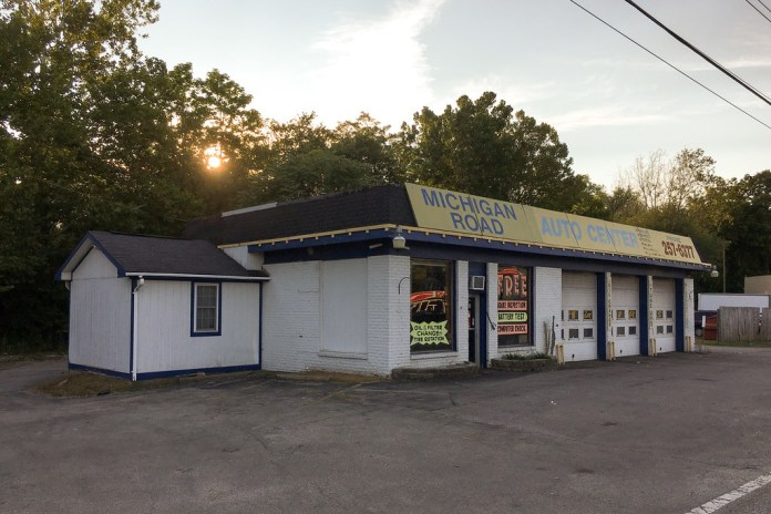Michigan Road Auto Service