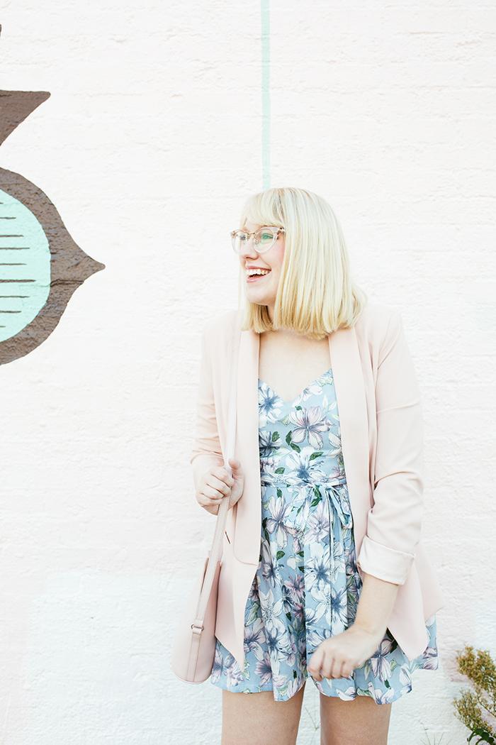 austin fashion blogger writes like a girl pastel floral romper blush blazer13