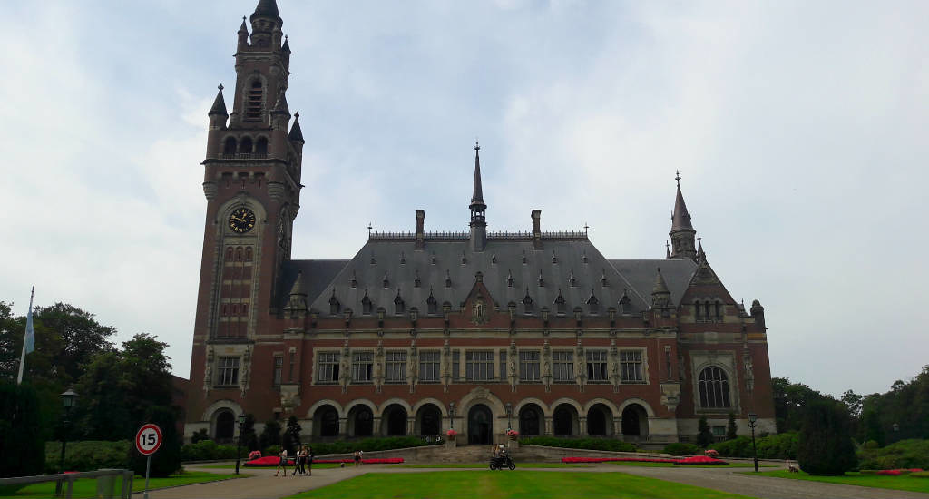 24 Hours in The Hague with Your Dutch Guide on #TheWeeklyPostcard