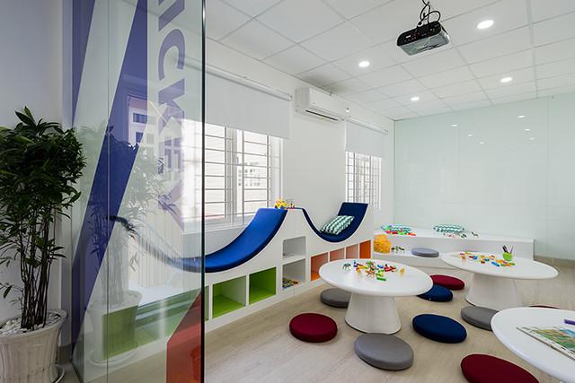 Công ty Nhà Hoàn Thiện vừa hoàn thành bản vẽ thiết kế trung tâm Anh Ngữ theo phong cách mới