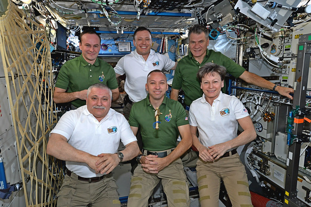 Change of command ceremony: Expedition 53 begins!