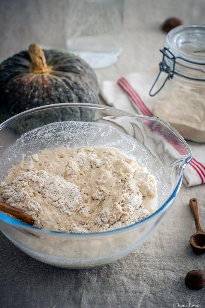 Focaccia con zucca, cipolle e olive_6