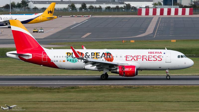 EC-LYE A320 IBS