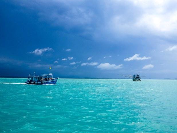 Barco hacia Koh Samet