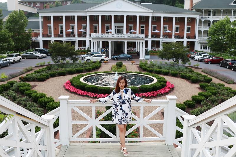 omni-bedford-hotel-white-floral-tunic-9