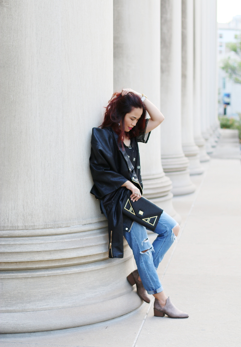 leather-jacket-jeans-boots-12
