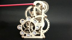 UGears Miniature Mechanical Dynamo