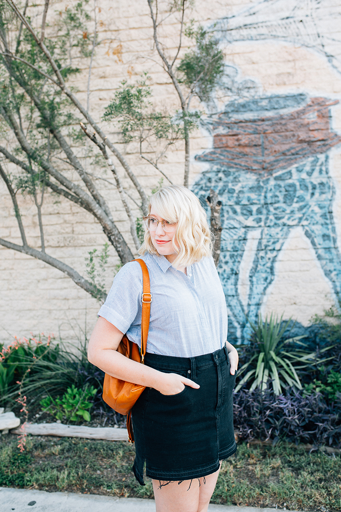 austin style blogger writes like a girl madewell denim skirt2