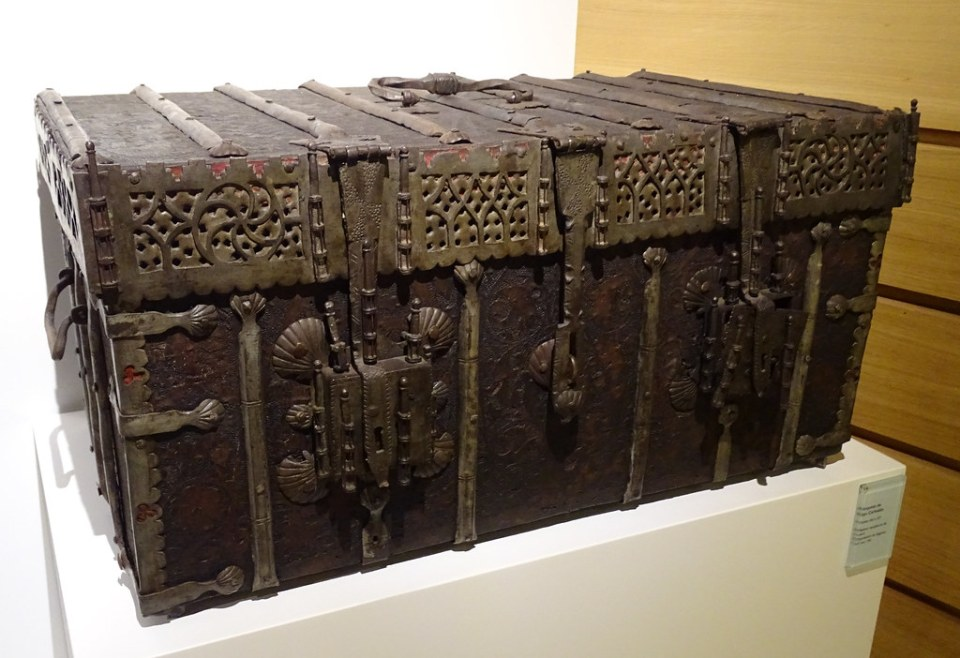 Segovia Museo Provincial baul 03