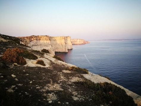 Xlendi Bay