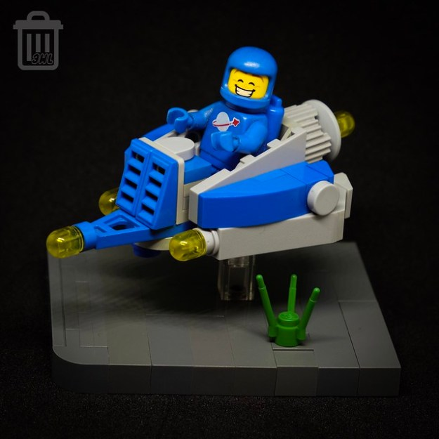 Blue Beetle - Classic Space Speeder