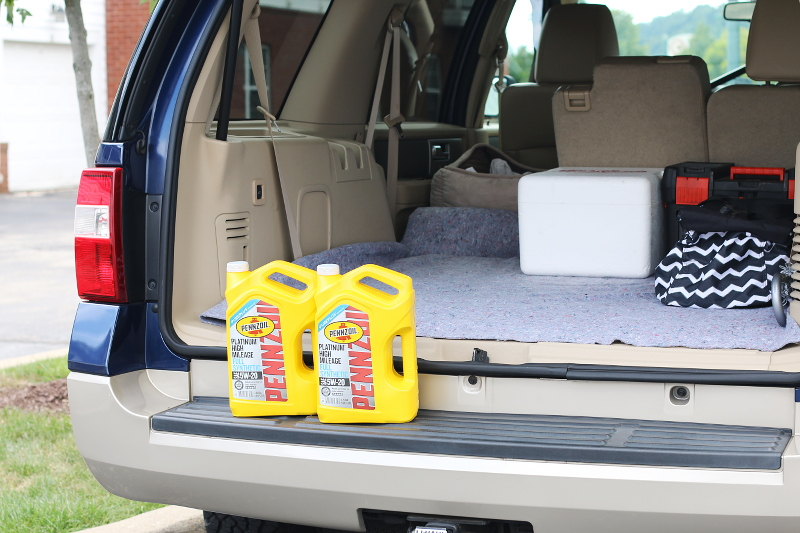 road-trip-car-checklist-change-oil-pennzoil-5