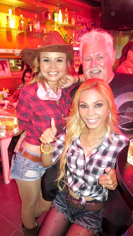 Party Bar Pattaya Hot Babes