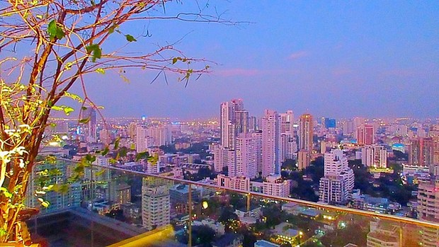 Brewski Sky Bar Radisson Blu Bangkok