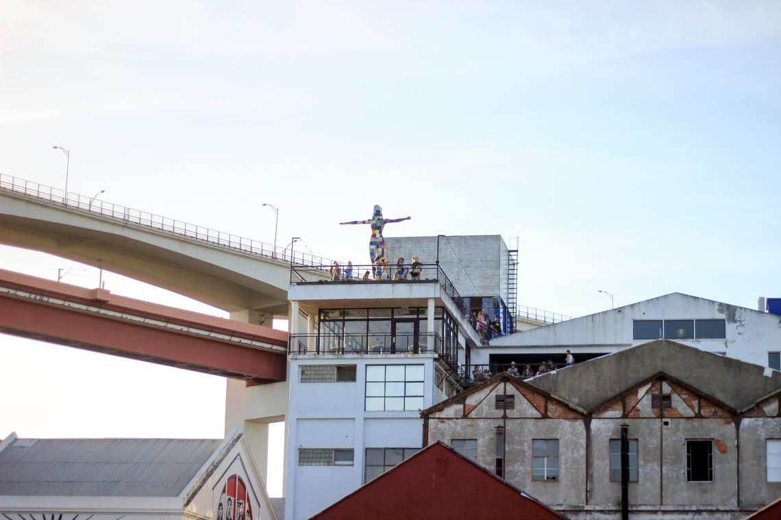 Rio-Maravilha-bar-rooftop-lx-factory-lisbonne