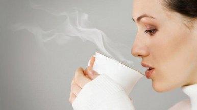 Apakah anda sering minum air hangat? ketahuilah ini efeknya bagi tubuh!