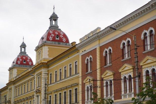 Buildings in Avram Iancu Square