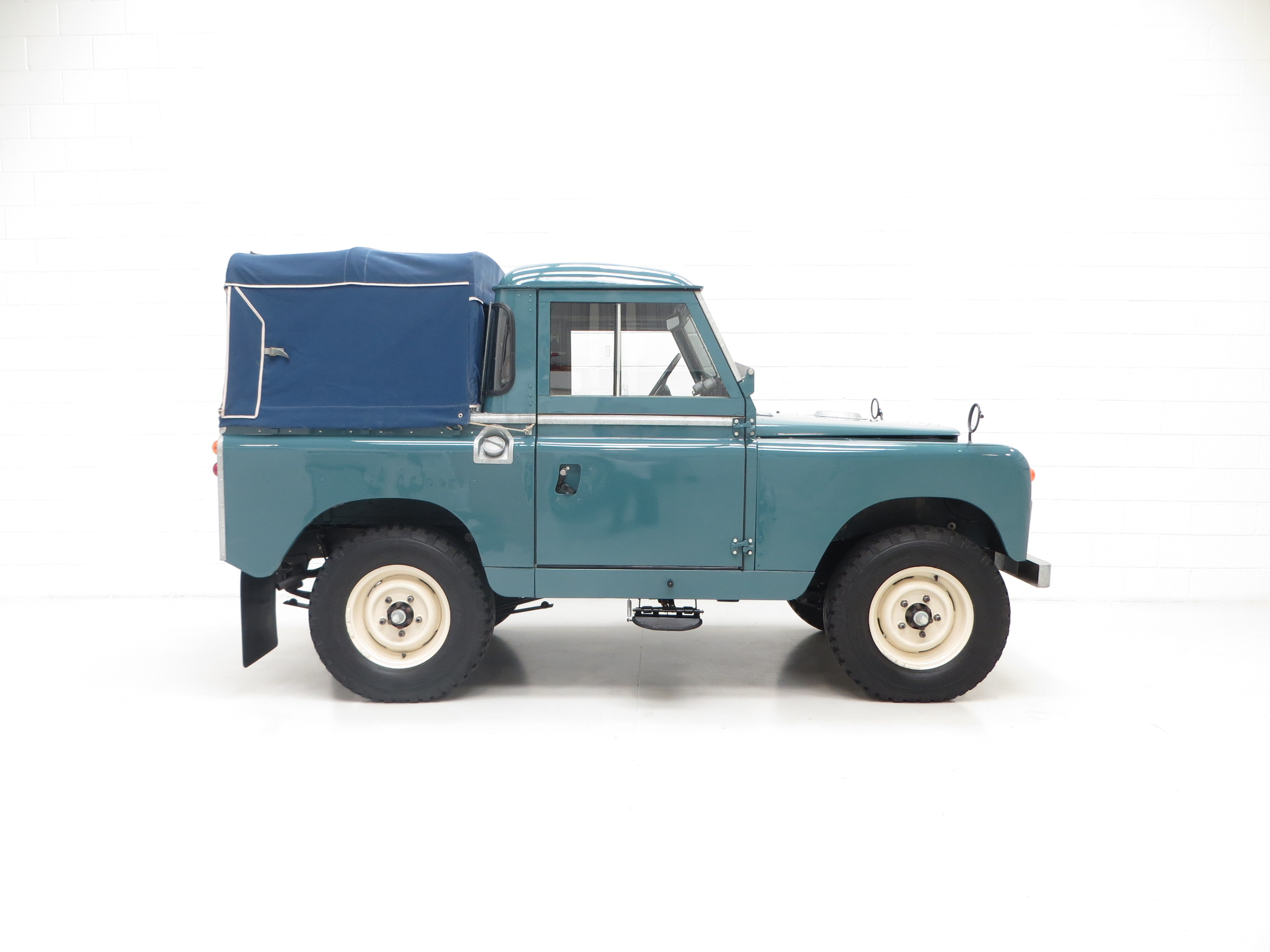 A Versatile Land Rover Series 2 SWB 88 inch SOLD PE1