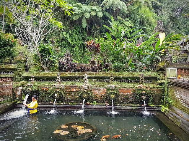 Pura Gunug Kawi Sebatu - Les fontaines purifiantes