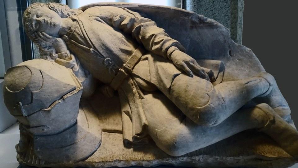 Museo de Segovia escultura del Doncel 04