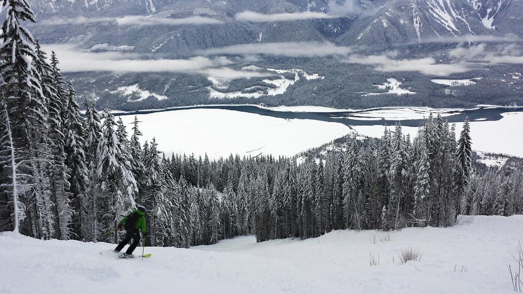Skiing in Revelstoke
