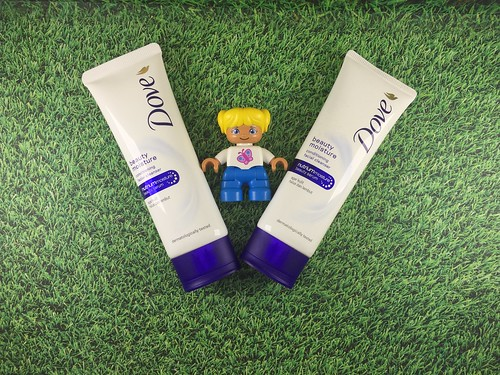 Dove facial foam