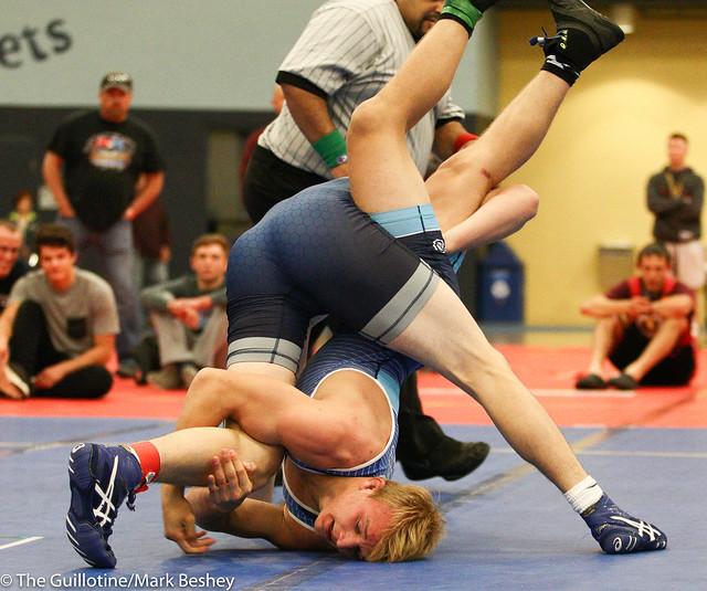 170 lbs 1st Place - Zach Glazier (Albert Lea) won in sudden victory - 1 over Peyton Robb (Owatonna) SV-1 3-1. 171021mk0083