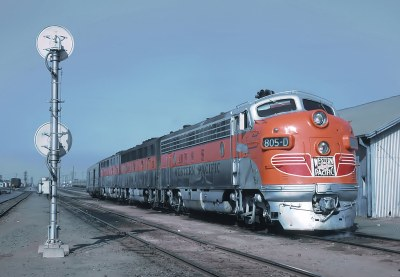 Western Pacific 805-D with the California Zephyr in Oakland -- 2 Photos