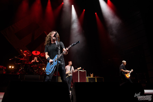 101217_Foo FIghters_015_F