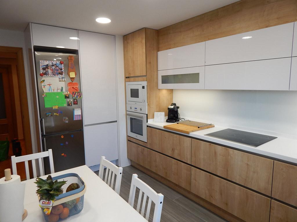 Cucina Rovere Sbiancato E Bianco - Idee per la progettazione di ...