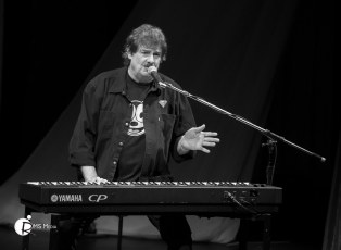 Burton Cummings @ The Mary Winspear Centre – Oct 7th 2017