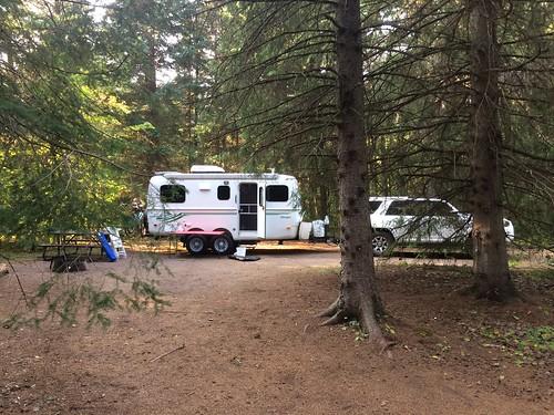 Chutes Provincial park camping