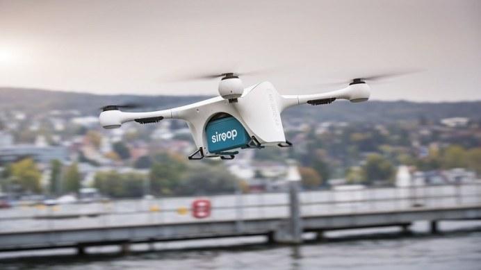 Mercedes-Vans-Drone-Delivery-7