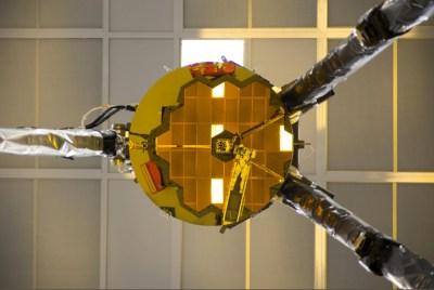 Self-Portrait of NASA's James Webb Space Telescope Marks Critical Test