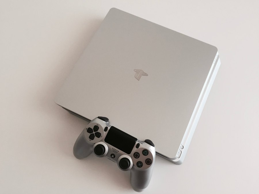 20171020 PS4 Silver 00003