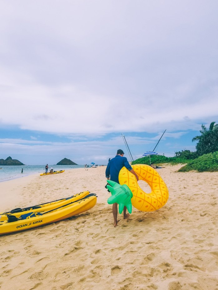 Oahu Beach Guide - A Perogy and Panda Hawaii Travel Guide - Lanikai Beach